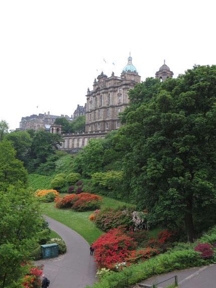 Blick auf Edinburgh Old Town