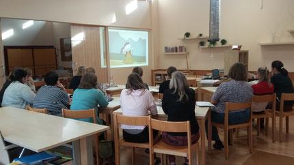 """Seminar: """"Zahlenland 1"""", Teil 1,  für PädagogInnen der Stadt Graz, durchgeführt von Roswitha Hafen, finanziert und organisiert von der Abteilung für Bildung und Integration der Stadt Graz, im Hort in der Dornschneidergasse."""