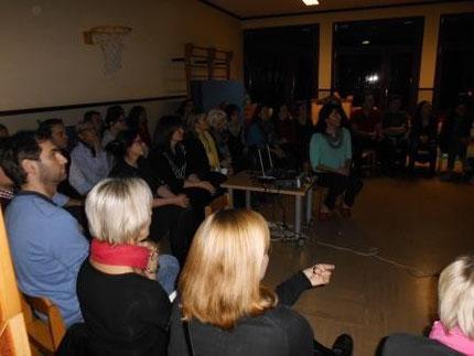 """Vortrag: """"Lesen, Rechnen und Schreiben lernen, bitte ohne Schwierigkeiten"""" mit Roswitha Hafen im Kindergarten Thal."""