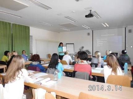 Fortbildung für KindergartenpädagogInnen mit Roswitha Hafen durch das Land Steiermark, Teil 1.