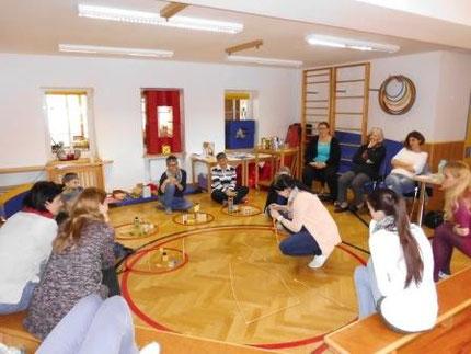 Seminar zum Zahlenland 2 für Pädagoginnen im heilpäd. Kindergarten Köflach, durchgeführt von Roswitha Hafen
