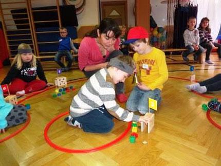 """Workshop: """"Zahlenland 1"""", frühe mathematische Bildung mit Roswitha Hafen im Heil- und Sonderpädagogischen Kindergarten Köflach."""
