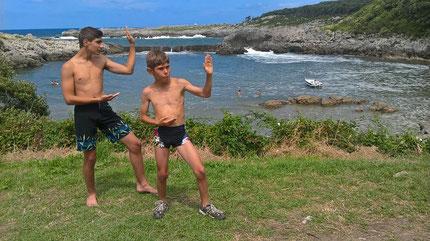 Mathis et Léo à  Cantabrie Espagne