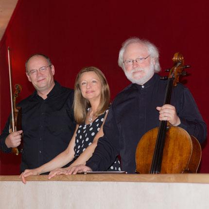 Trio Bohème Jasmina Kulaglich Lev Maslovsky Igor Kiritchenko  trio piano violon violoncelle musique slave Russie Serbie France Ukraine tchaikovski piazzolla cd calliope musique de chambre