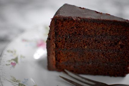 Sacher Torte Yummykitchen