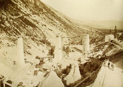 La construction des piles du viaduc (1887)