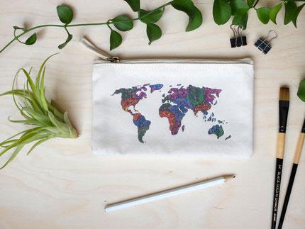 Täschchen Welt Weltkarte Michael Clarke Art