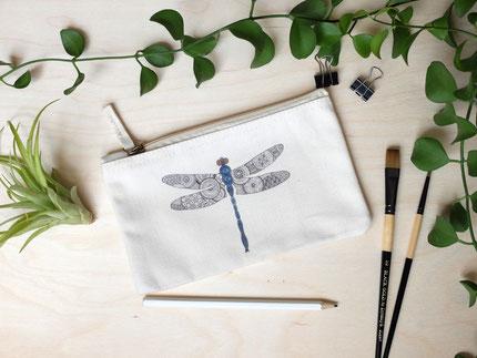 Täschchen Libelle Michael Clarke Art