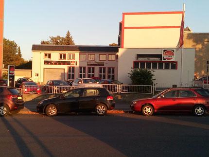 Autohaus Klemm Freiberg, Ansicht von der Bahnhofstraße
