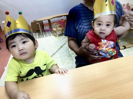 今日は、そらぐみさんのようくんとやまとくんのお誕生日会をしました。ようくんは明日で1歳になり、やまとくんは3日に1歳になりました。