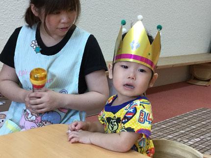 今日は、ほしぐみのなおくんと、そらぐみのあおくんのお誕生日会をしました。なおくんは、昨日で3歳になりました。