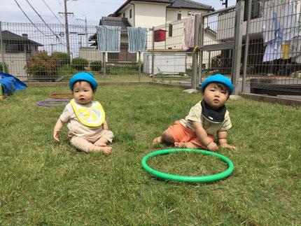 そらぐみさんは、芝生の上でのんびり・・・。芝生の上は、気持ち  良かったかな?