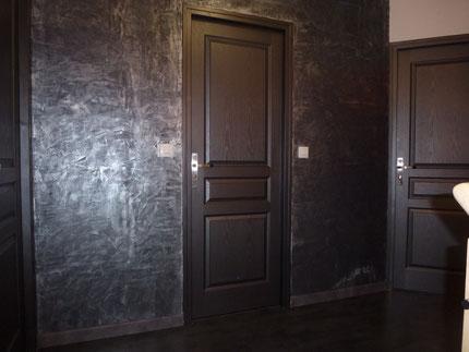 Palier en SEIGNEURIE CARENIA Teinte C63 + Alliage Argent et Porte en RIPOLIN Noir Métal