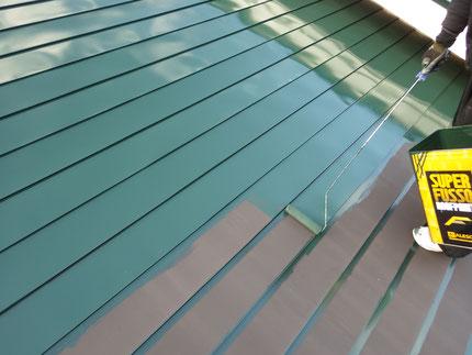 屋根面中塗り