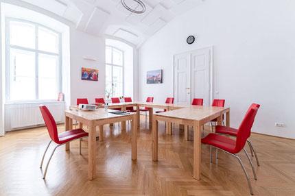 Seminarraum für 12 Personen halbtages- oder tagesweise zu mieten