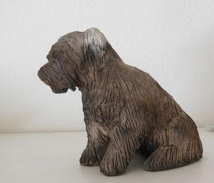 Hund, Keramik, Hundefigur, Hundeskulptur, tier, Tierskulptur, Figur, Tierfigur, aus Ton, Skulptur, modelliert, Geschenk, Unikat.