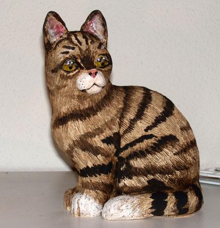 Katze, Tierfigur, Keramikkatze, Keramiktier, Figur, Tierfigur, aus Ton, Skulptur, Geschenk modelliert