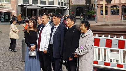 Im März 2019 noch viele Touristen aus Asien am Römerberg