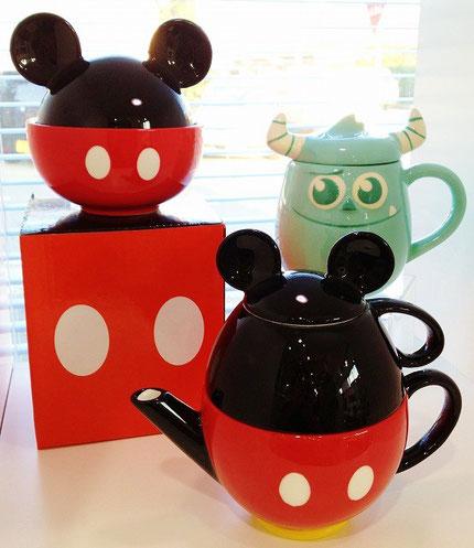 ミッキーどんぶりとティーセット・サリーのふた付きマグカップ