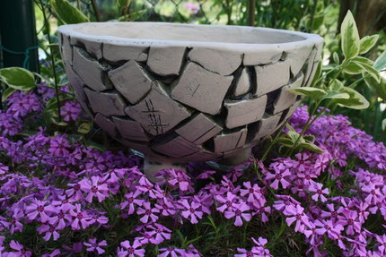 Pflanzschale aus Keramik