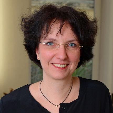Melanie Karner Goldschmiedemeisterin zierwerk Hamburg