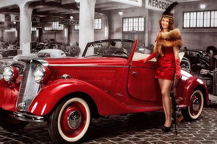 Фотосессия на фоне ретро автомобиля в музее