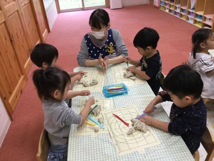 みんな、いろいろなものを作って、とても楽しそうに遊んでいました。
