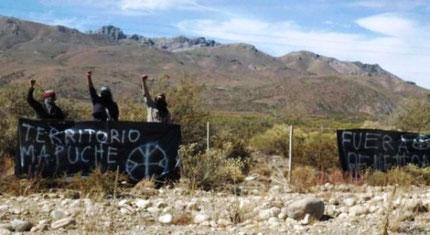 """""""Mapuche territorium"""" og """"Væk med Benetton"""""""