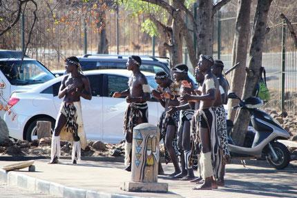 Bienvenue au Zimbabwe...très couleur locale !