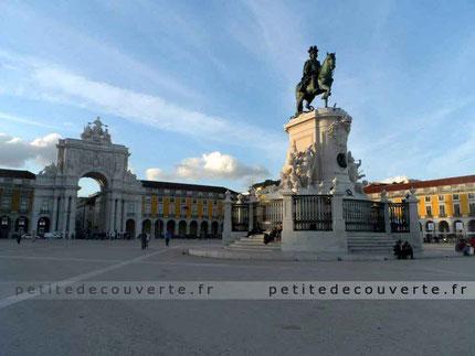 Plaça do comércio- Place du Commerce à Lisbonne