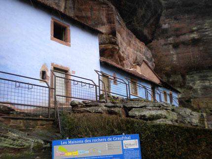 Blick auf die Höhlenwohnungen