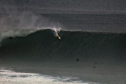 Surfer : Nobu Fuku  @ULU2007