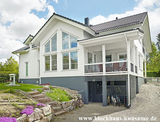 Architektenhaus in Blockbauweise - Designhaus - Wohnblockhaus in Finnland - Blockhaus bauen - Blockhausbau