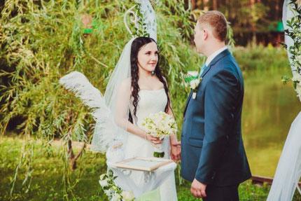 Свадебные клятвы на выездной регистрации брака