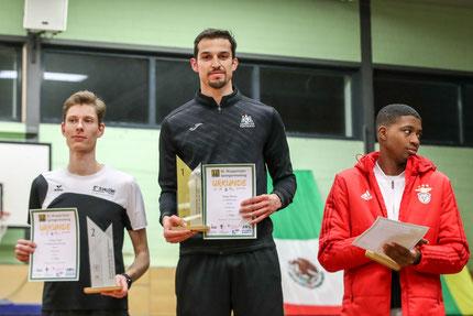 Siegerehrung Herren: Tobias Potye, Edgar Rivera, Gerson Baldé (Foto: Footcorner/Dirk Fußwinkel)