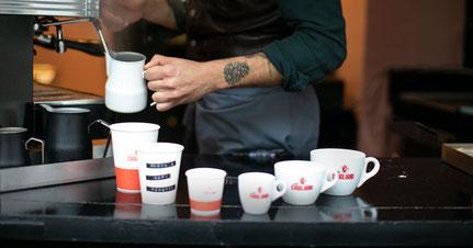 Kafi-Fänschter / Coffee to go: MON –FRI   07.00 – 10.00