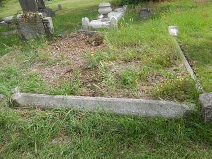 Grab von Inspector Swanson