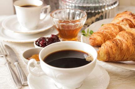 Auch zum Frühstück können Sie gerne in unser Café in Wittgenstein vrobeikommen