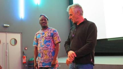 Pierre-Marie Binet et André Todjé ont présenté le beau projet du cybercentre au cinéma de St Philbert