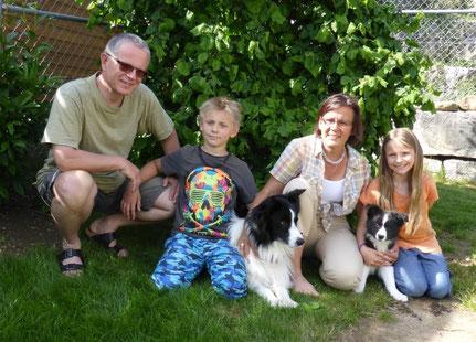 Queeny's neue Familie und Onkel Ayron wohnen in der Schweiz