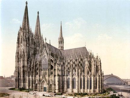 Braucht der Kölner Dom einen Vollwärmeschutz, wie das Erzbistum Berlin es für die St. Hedwigs-Kathedrale plant ?