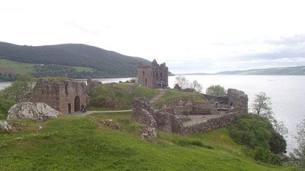 Urquhart Castle et le Loch Ness