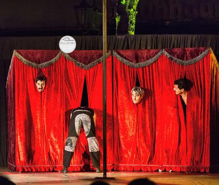 Bild: Siegerfoto des Fotowettbewerbs Welttheater der Straße 2015 Schwerte, Viviane Ulmer, www.2u-pictureworld.de