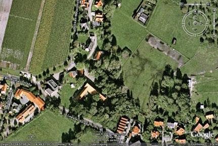 Hof Bätjer an der Leester Str. aus der Luft (Google)