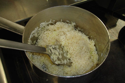 Reis kurz anglacieren.