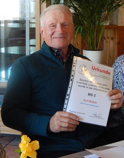 Phoenixtrainer und LSW-Bundestrainer Kurt Büttler wurde als M-70-Sportler des Jahres 2017 geehrt.