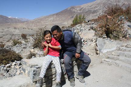 Muktinath mit Kind