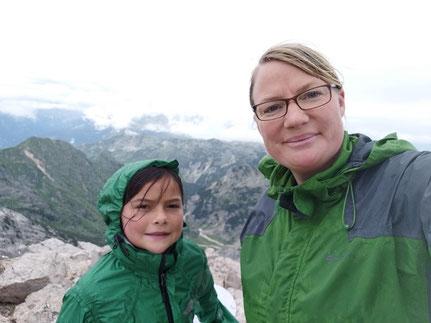 Miriam und Eva auf dem Gipfel