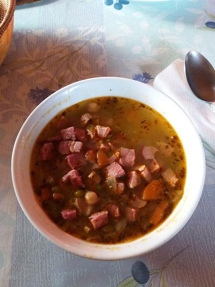 Essen auf Hüttentour Slowenien