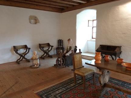 Zimmer Höhlenburg Predjama